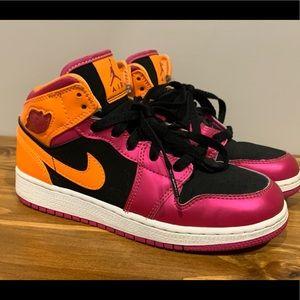 Nike Air Jordan 1 Retro Mid GS Citrus Pink Black